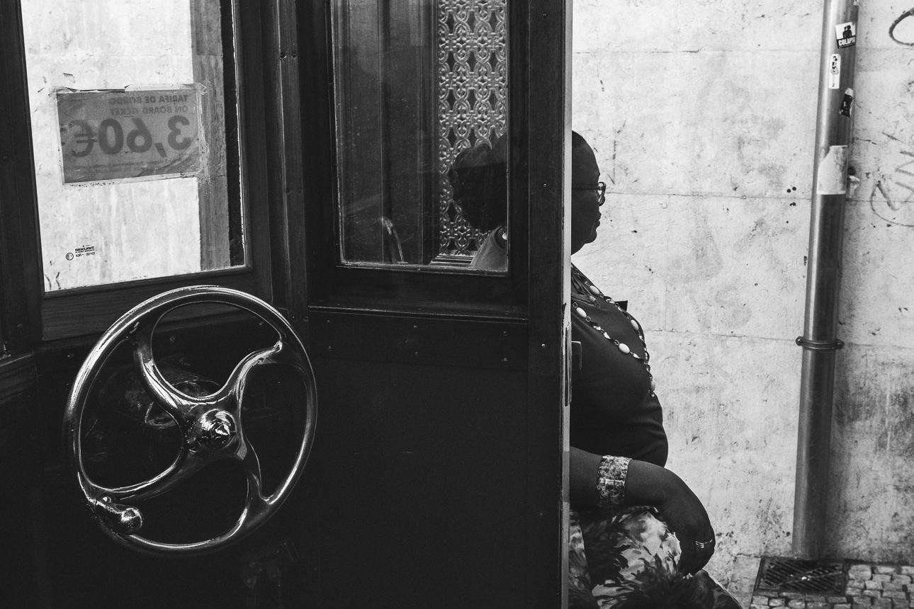 Lissabon_woman_2014