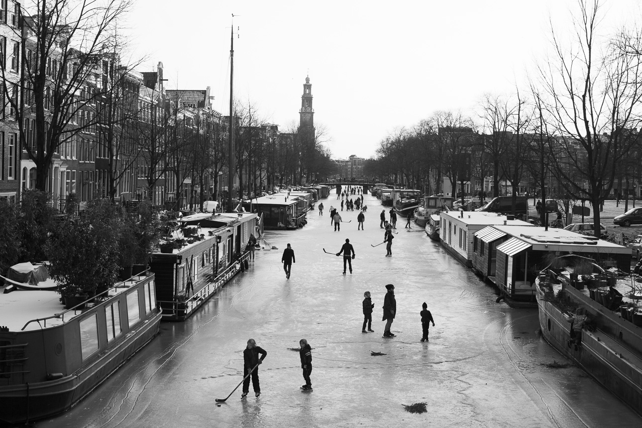 Ice skating Prinsengracht